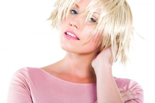 donna-capelli-biondi.jpg